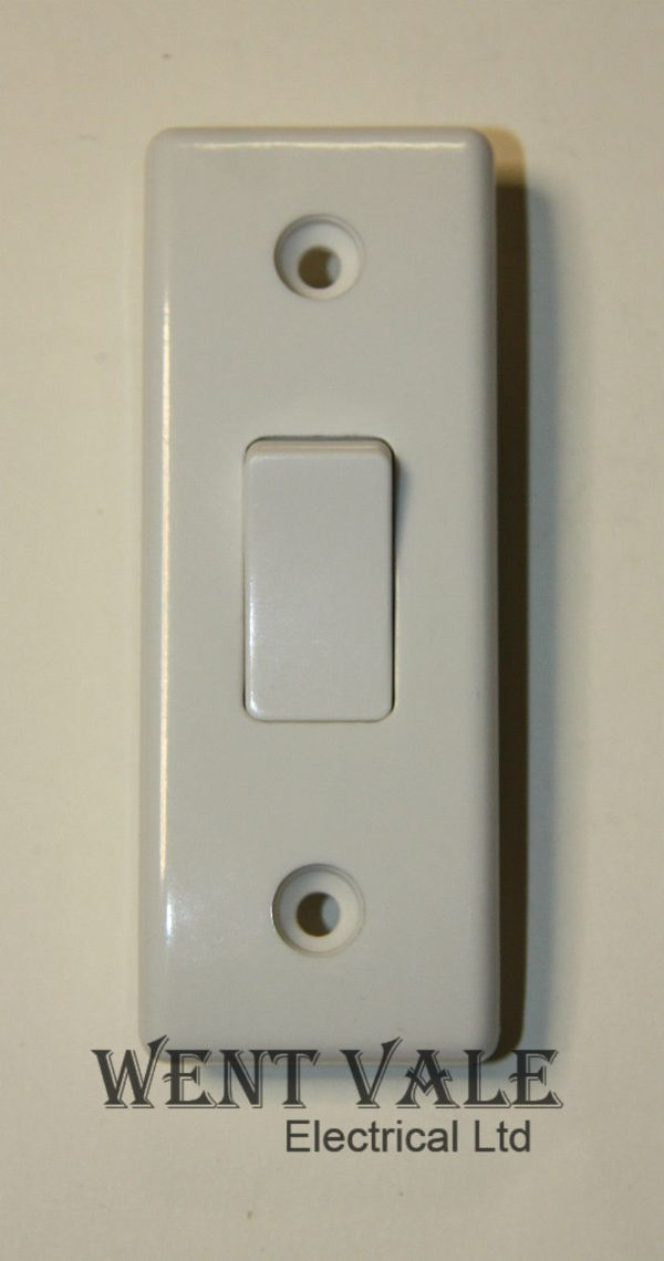 BG Nexus - 847-01 - White Moulded - 10ax 1 Gang 2 Way Architrave Switch New